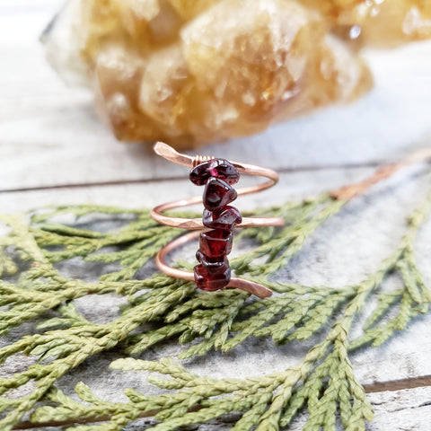 Garnet copper twist ring