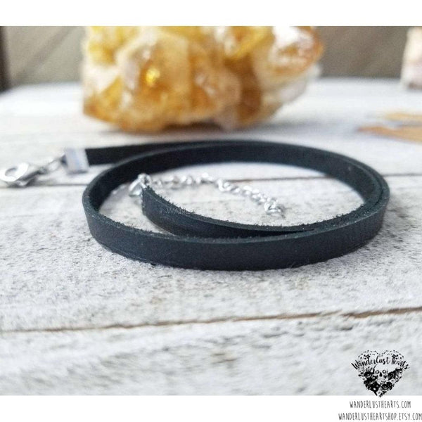 Boho leather choker necklace-Wanderlust Hearts