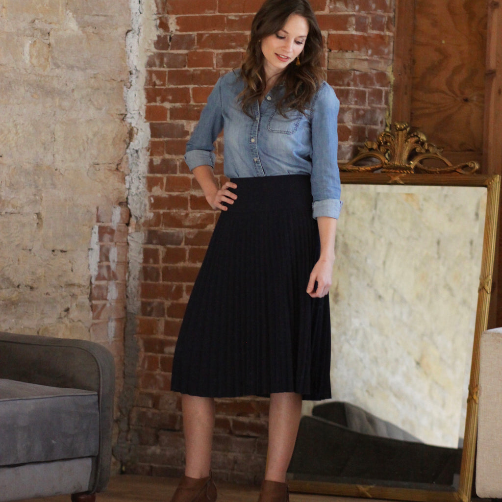 Ladies Olivia Skirt - Navy