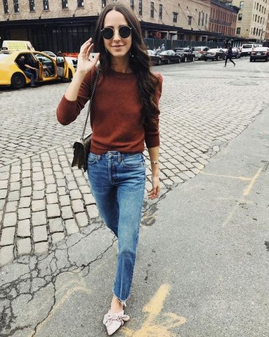 10 Ways To Wear Jeans This Fall - Something Navy
