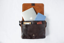 Load image into Gallery viewer, Leather Messenger Bag Vintage Malachi (4043)