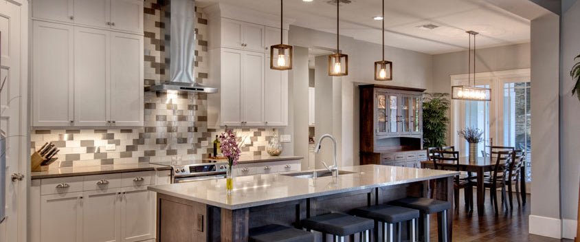 Kitchen Islands: Adding Space and Value