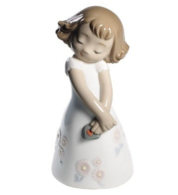 Nao by Lladro Love Is Her Figurine