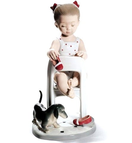 Lladro Flowers For Mommy Figurine