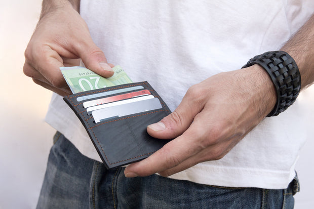chic-made-consciously-ethicaly-made-pocket-wallet-made-from-tire-inner-tubes