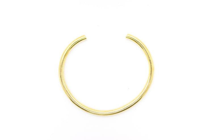 chic-made-consciously-eco-friendly-balance-round-bracelet-made-from-war-remnants