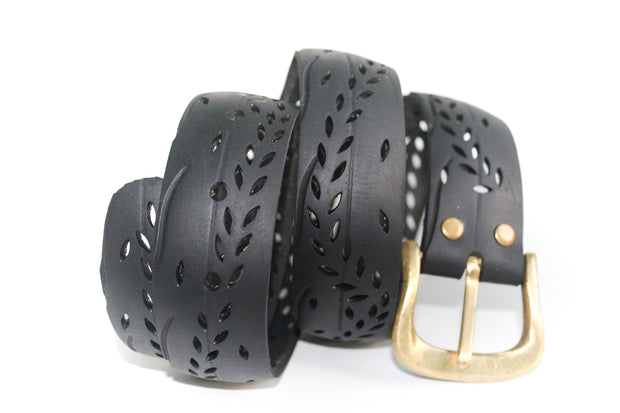 chic made consciously upcycled belt made from repurposed truck tires