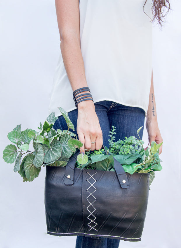 chic-made-consciously-upcycled-bag-made-from-tires-in-bali