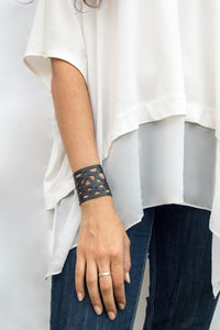 chic made consciously eco friendly varuna bracelet made from recycled tire inner tubes