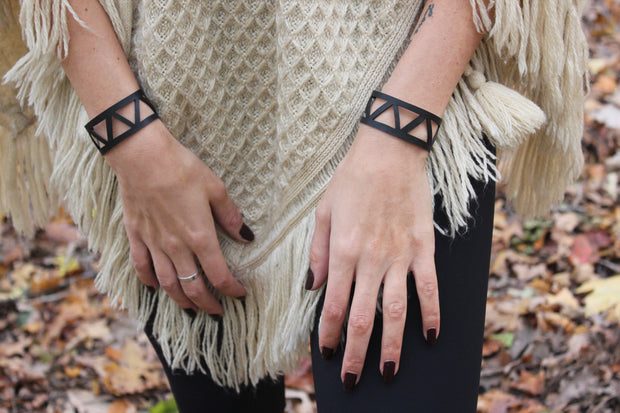 chic-made-consciously-handmade-geometric-bracelet-made-in-bali