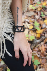 chic-made-consciously-ethically-made-bracelet