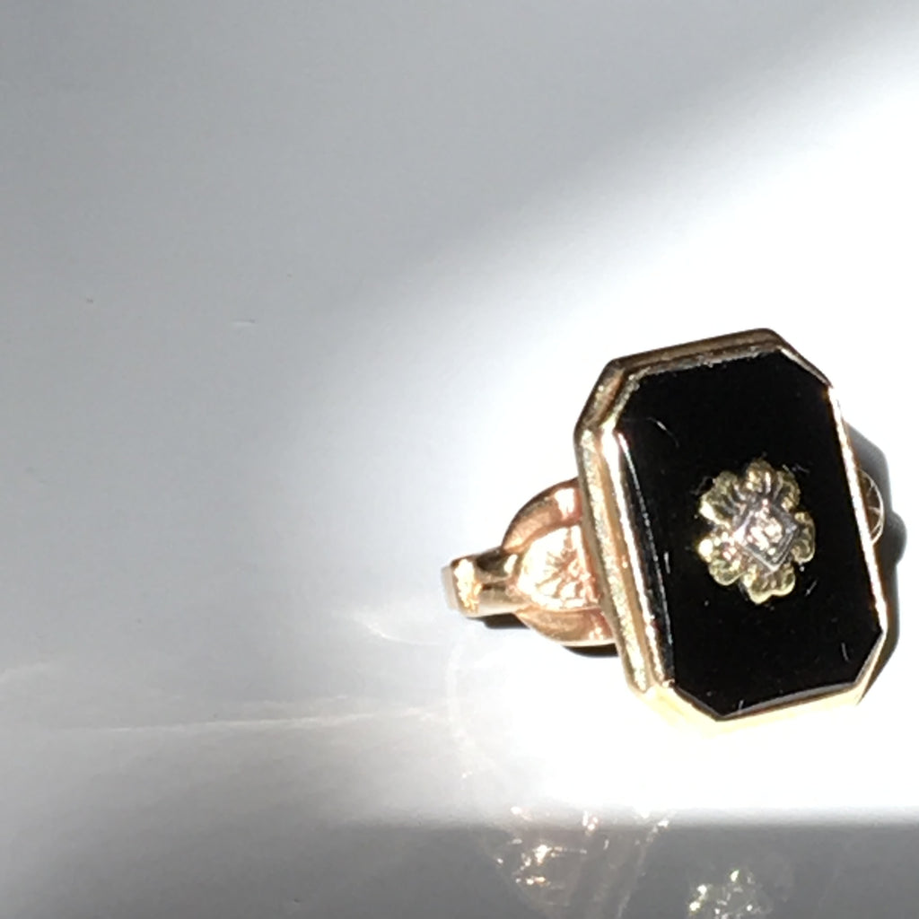 Onyx Deco Octagonal Ring - Flower Center