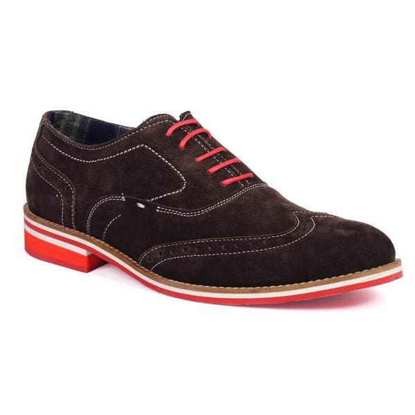 A side view of men's 3e wide casual oxford shoes made with brown suede leather