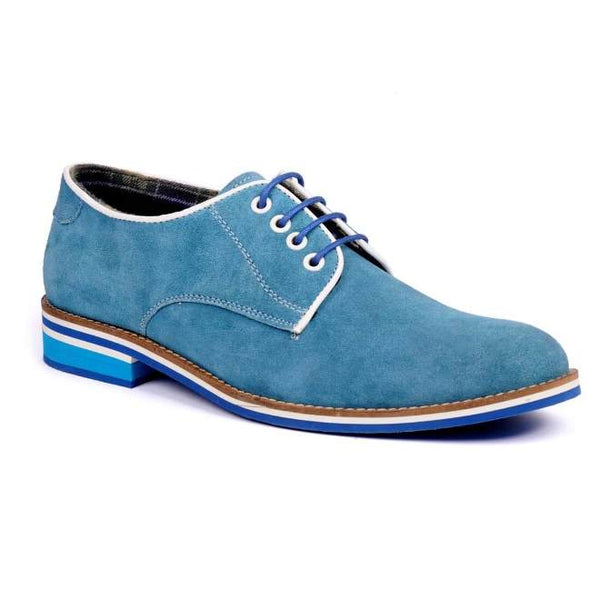 A side view of men's derby casual shoes for broad feet made with blue suede leather