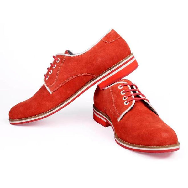 A side view of pair of men's derby casual shoes for wide feet made with red suede leather