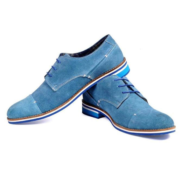 A side view of pair of men's derby casual shoes for wide feet made with blue suede leather