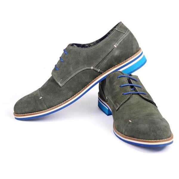 A side view of pair of men's derby casual shoes for wide feet made with green suede leather