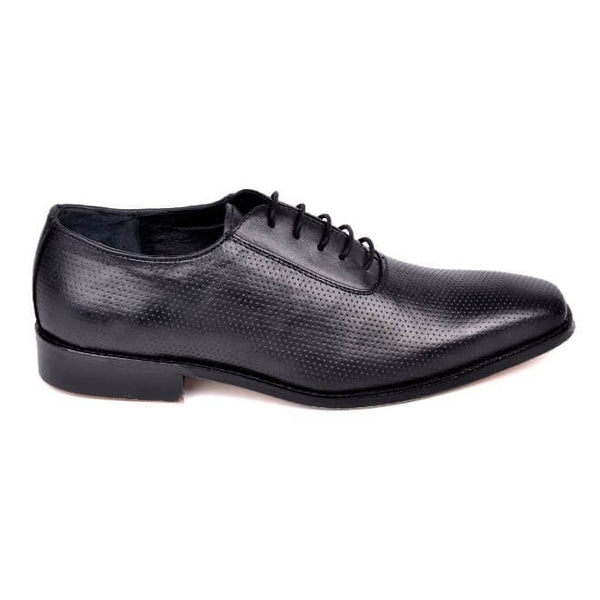A side view of men's oxford wide width shoes made with black leather