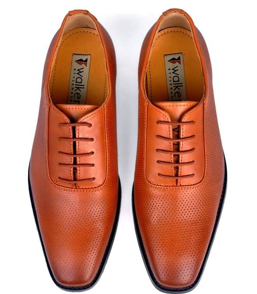 A top view of men's oxford wide width shoes made with dark tan leather