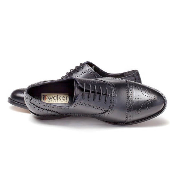 A top view of men's customize cap toe oxford brogue shoes made with black leather