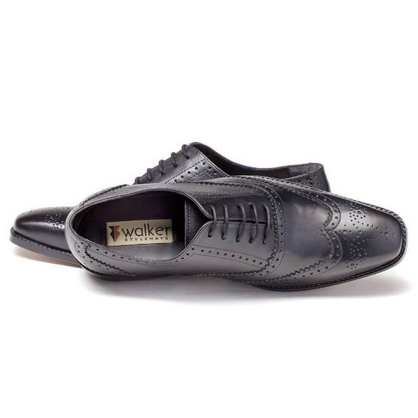 A top view of oxford brogues shoes for broad feet made in black leather