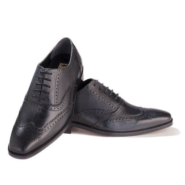 A front view of oxford brogues shoes for broad feet made in black leather