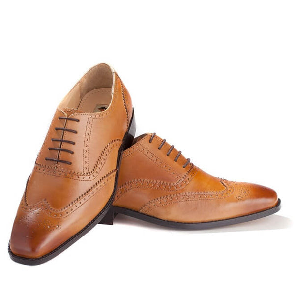 A front view of Men's oxford brogues shoes for broad feet made in tan leather