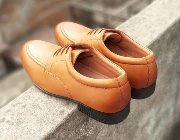 Walker Styleways Exceptional Rich Tan Leather Derby Lace up Narrow Shoes