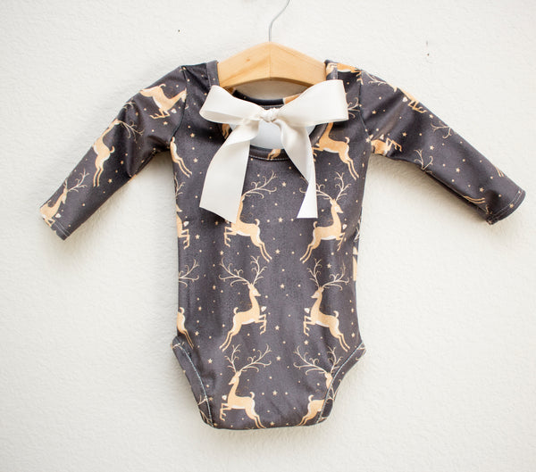 Chameleon Newborn Going Home Outfit