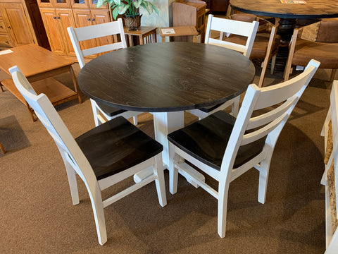 SD-1224EC Carriage House Drop Leaf Table and 4 Chairs set on clearance