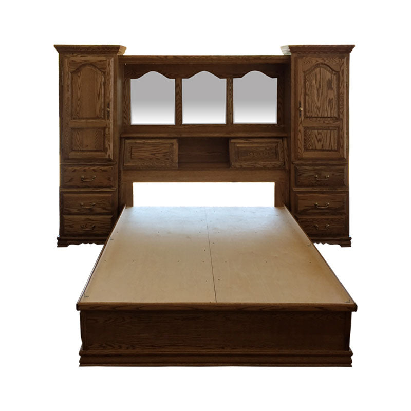 BB-600-K-N/C and BB-690-EK - Heirloom Oak Bedroom Pier Wall with Platform Bed - E King Size - Oak For Less® Furniture