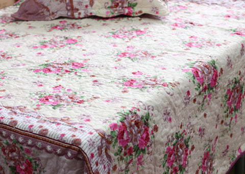 Romantic Bouquet Quilt Coverlet - jaycorner.com