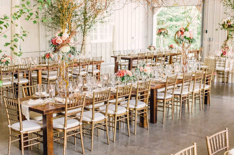 wood and resin chiavari chairs from eventsuber.com