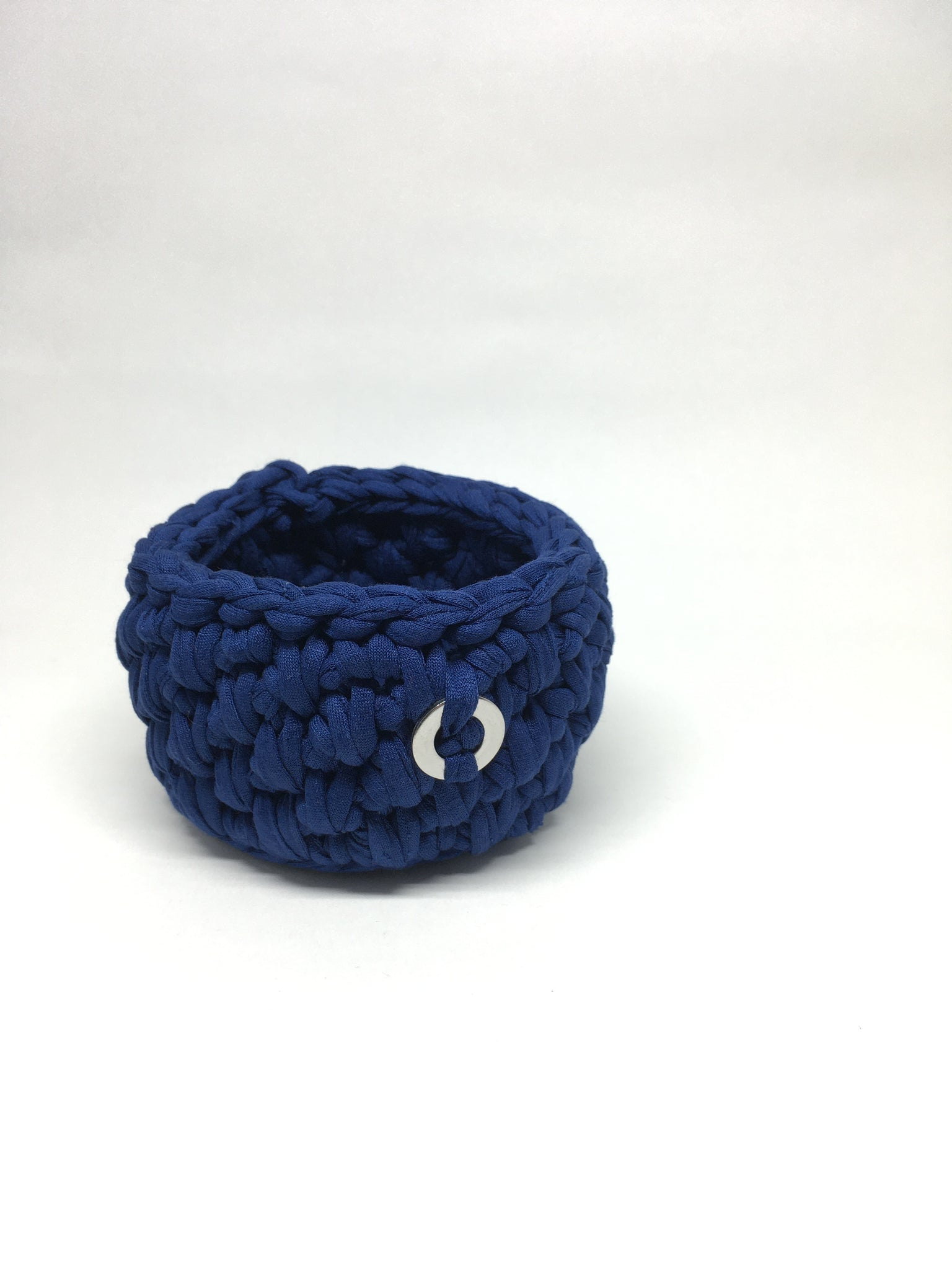 Crochet Basket, Navy Blue – 10x7.5cm