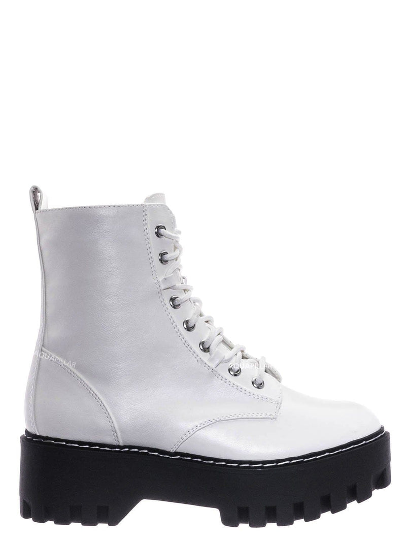 White / Staging01 Chunky Edgy Lug Sole Combat Boot- Army Military Threaded Rugged Bootie