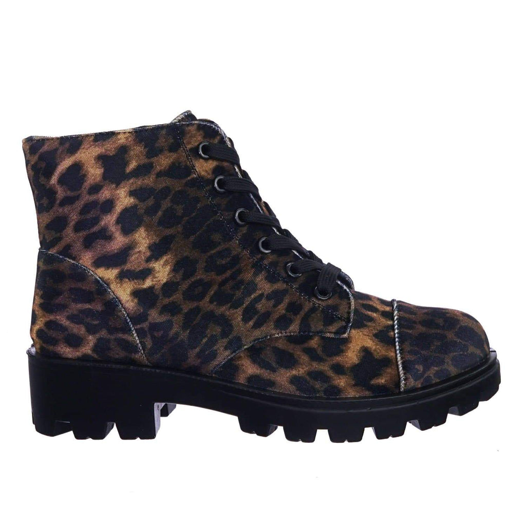 Tread14 LeoVlt Faux Fur Lined Lightweight Threaded Lug Sole Lace Up Combat Work Bootie