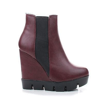 invent01-almond-toe-slip-on-lugsole-wedge-ankle-bootie