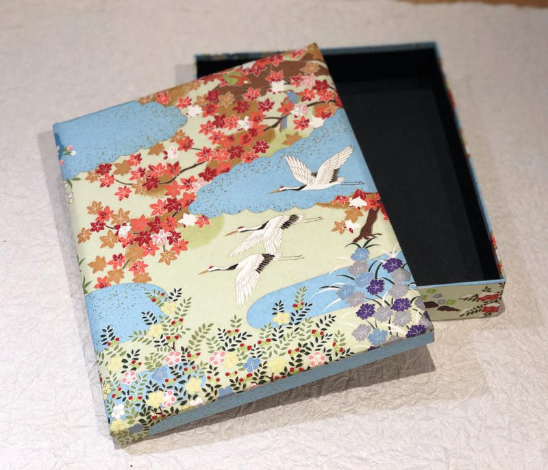 Keepsake box, Four Seasons In Paradise: Cranes