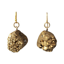Load image into Gallery viewer, Medium Gold Druzy Earrings