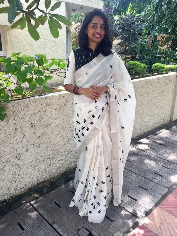 Off White/Black Floral Printed Mangalgiri Cotton Saree-Sarees-House of Taamara-House of Taamara