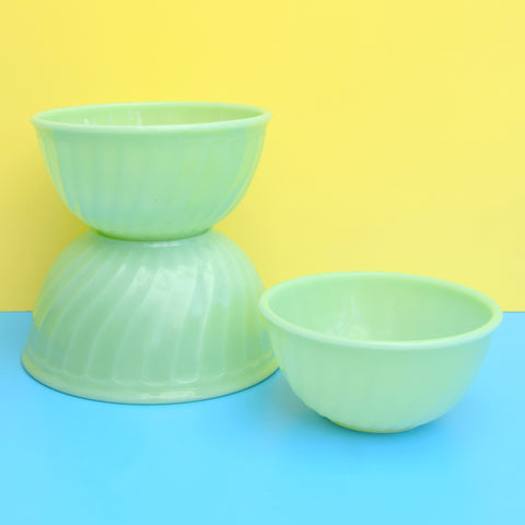 American Fire King Jadeite Set of Glass Nesting Bowls - Jade Green