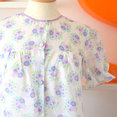 Vintage 1960s Pretty Nightie Dress - Lilac Flowers size 12 ish