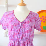 Vintage 1990s Fit & Flare Shorter Flower Power Dress - Sz 14 - Purple