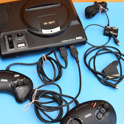 Vintage 1990s Mega Drive Console - Multiplayer