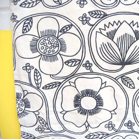 Vintage 1960s Conran Fabric - Prince Of Quince - Monochrome