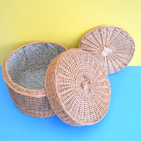Vintage 1960s Wicker Basket Sewing / Hobby Box