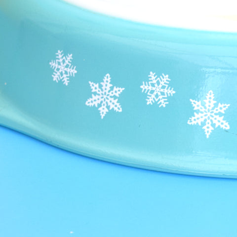 Vintage 1950s Pyrex Pieces- Snowflake Oval Casserole / Small Bowls
