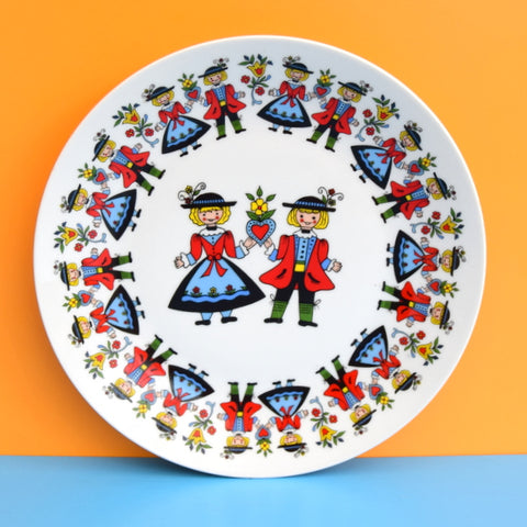 Vintage 1960s Folk Art Couple Plate - Hearts