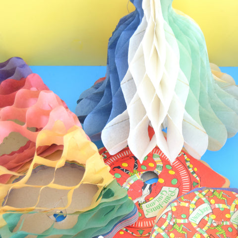 Vintage 1950s Honeycomb Paper Decorations / Garlands x8