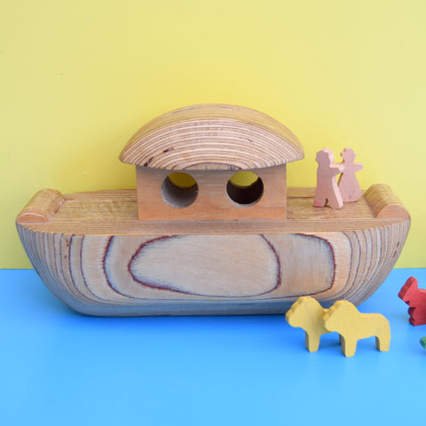 Vintage 1970s Wooden Noah's Arc & Animals - Classic Toy